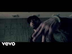 """Eminem """"Fall"""" – klip"""