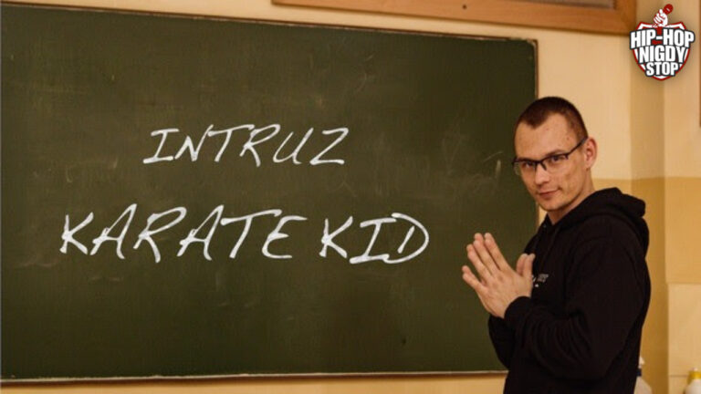 "Intruz atakuje singlem ""Karate Kid""!"